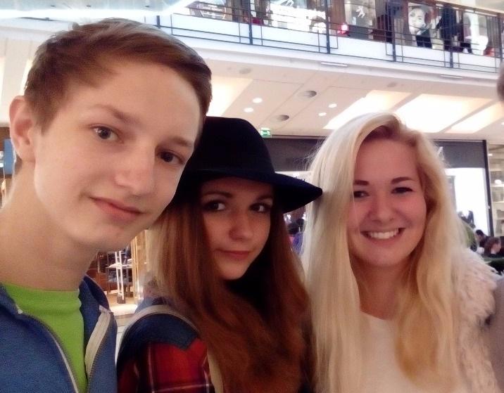 Honza, brunetka, blondýna