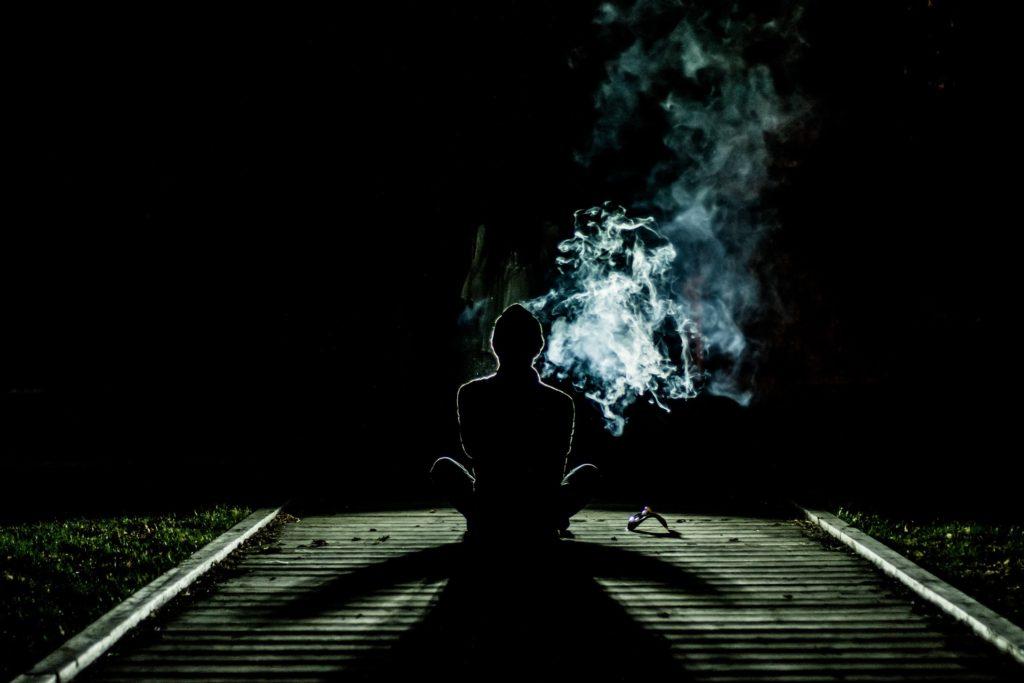 Marihuanová meditace v temnotě